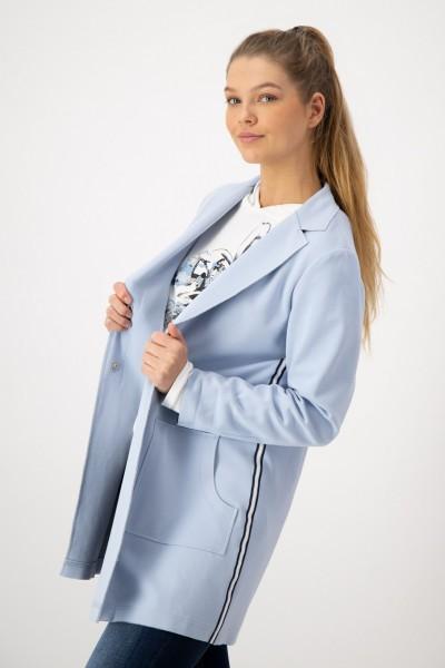 Blazer mit aufgesetzten Taschen und Druckknöpfen von JUST WHITE