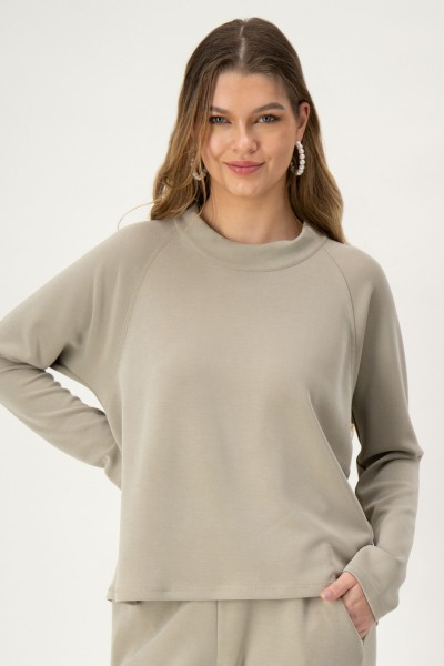 Sweater mit Kragen in Khaki von JUST WHITE