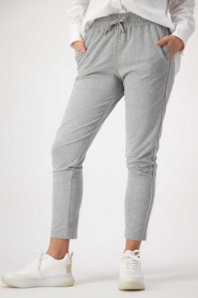Graue Sweatpants mit Taschen und seitlichen Galonstreifen von JUST WHITE