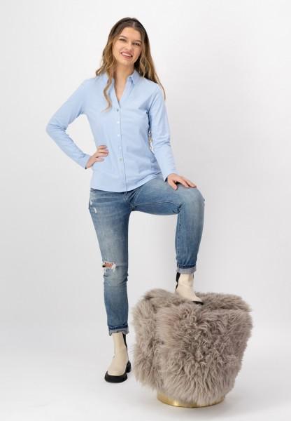 Hellblaue Shirtbluse mit Hemdkragen aus Baumwolle und Elasthan bon justWhite