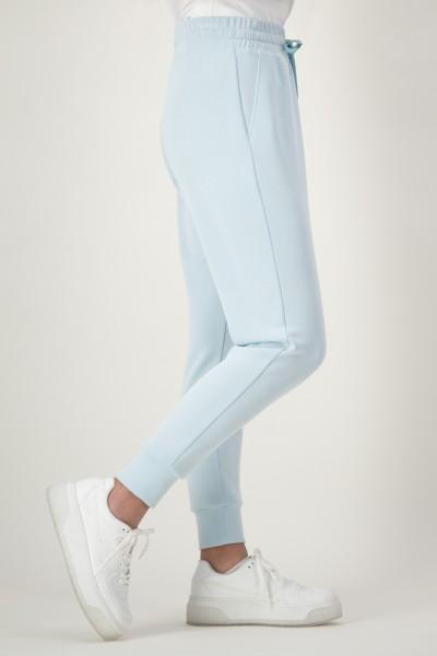Jogpants mit elastischem Bündchen in Hellblau von JUST WHITE