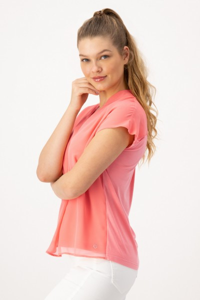 Lockeres, rosa Blusenshirt mit Materialmix in Koralle, Rosa von JUST WHITE